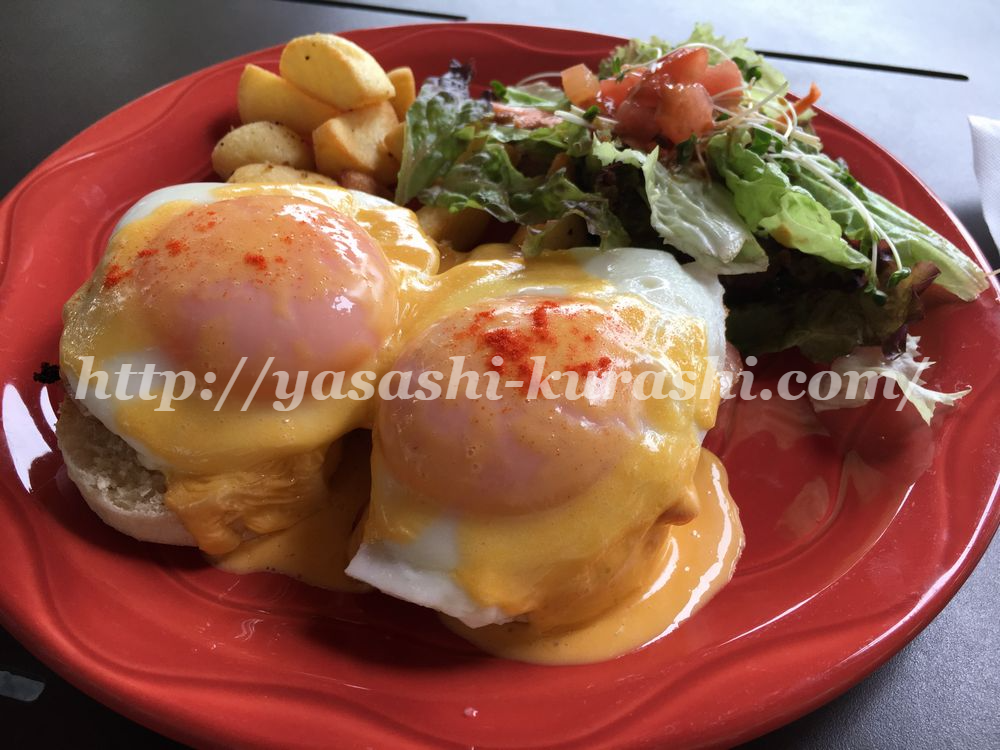 堂島,ボガーツカフェ,ハワイ料理,ロコモコ,エッグベネディクト