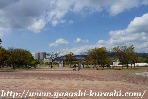 宝塚,末広公園,末広中央公園,武庫川河川敷,遊具,芝生
